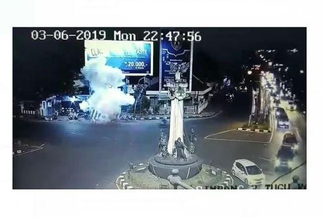 https: img.okezone.com content 2019 06 06 337 2064202 serangan-bom-pospam-kartosuro-spirit-keagamaan-pelaku-tinggi-tapi-ilmu-tak-memadai-o72Sul3H3s.JPG