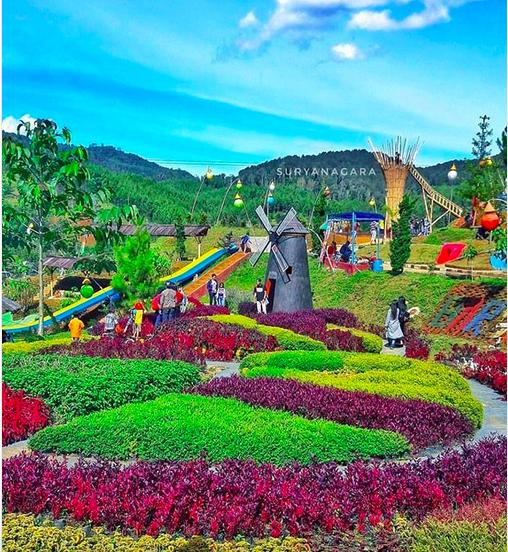 https: img.okezone.com content 2019 06 06 406 2064174 5-tempat-wisata-di-bandung-yang-cocok-untuk-liburan-lebaran-jRc1eFQ2QO.png
