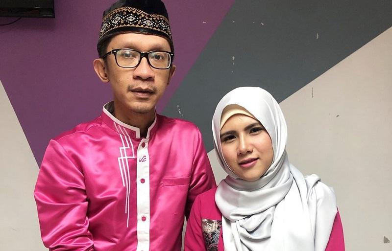 https: img.okezone.com content 2019 06 07 33 2064411 balikan-aming-dan-evelin-siap-menikah-kembali-dLTDpEleXw.jpg