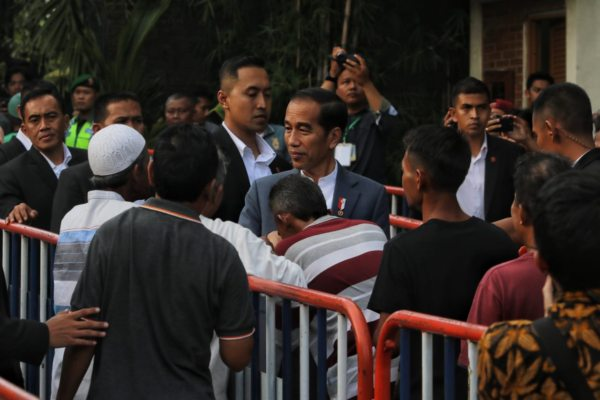 https: img.okezone.com content 2019 06 07 510 2064315 presiden-jokowi-silaturahmi-ke-keraton-yogyakarta-mgNHlDbG33.jpg