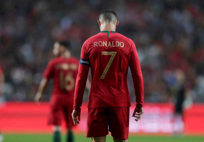 Hasil gambar untuk Ronaldo Juara UEFA Nations