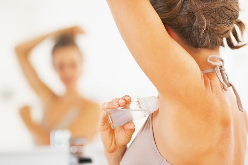 https: img.okezone.com content 2019 06 10 611 2064969 deodoran-aroma-tubuh-gadis-lagi-populer-di-jepang-Vubk2rpvzr.jpg