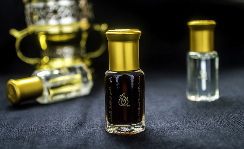 https: img.okezone.com content 2019 06 10 616 2064983 inilah-parfum-favorit-nabi-muhammad-saw-IoWnnFBHn0.jpg