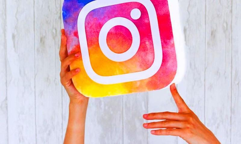 https: img.okezone.com content 2019 06 11 326 2065284 7-tips-berkarir-sebagai-selebgram-di-instagram-BZkZ7bybF9.jpg