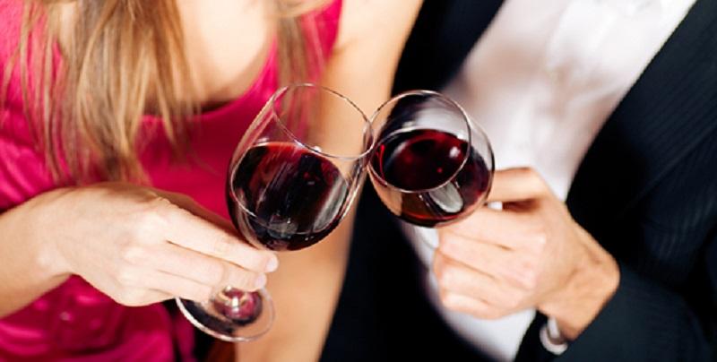 https: img.okezone.com content 2019 06 11 485 2065427 6-dampak-kecanduan-minum-alkohol-bikin-anda-payah-di-ranjang-rBtAMVJ0VF.jpg