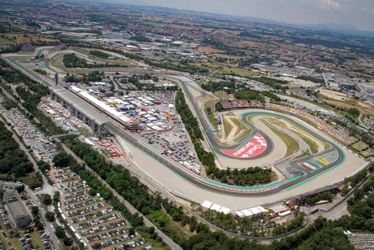 Aspal Abrasif Sirkuit Catalunya Jadi Tantangan untuk Pemasok Ban MotoGP :  Okezone Sports