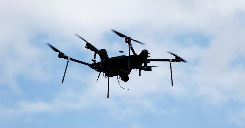 https: img.okezone.com content 2019 06 14 207 2066538 uber-manfaatkan-teknologi-drone-untuk-pengiriman-makanan-QdKli6tGNw.jpg