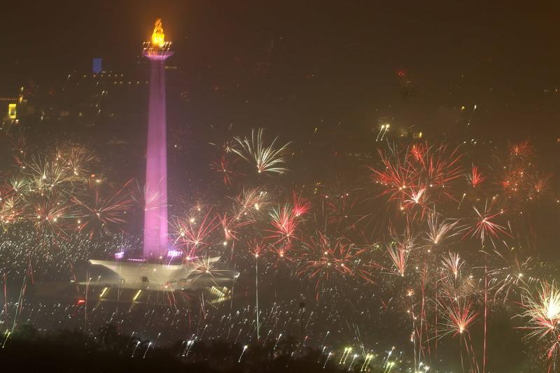 https: img.okezone.com content 2019 06 16 338 2067135 bakal-ada-festival-budaya-betawi-di-hut-ke-492-dki-NqYvMVCdiw.jpg
