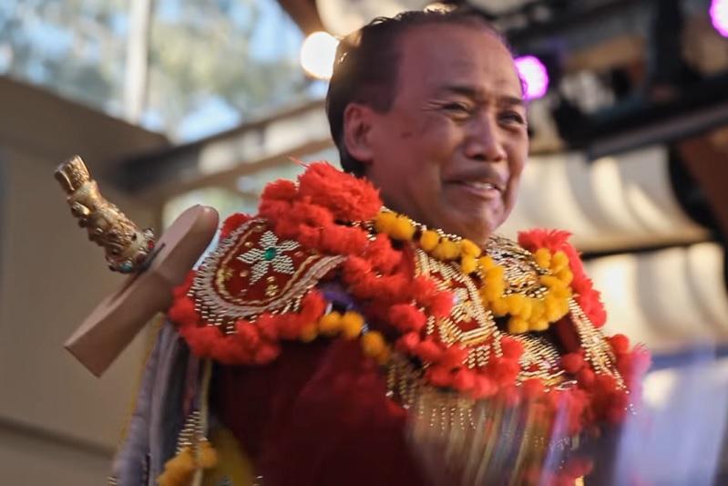 https: img.okezone.com content 2019 06 18 206 2067701 bali-beats-of-paradise-film-dokumenter-tentang-seni-gamelan-DyaJa9mxIz.jpg