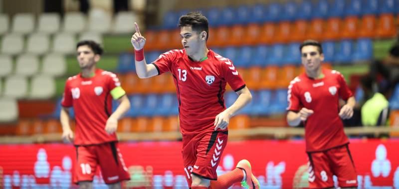 https: img.okezone.com content 2019 06 18 51 2068050 singkirkan-thailand-afghanistan-tantang-timnas-futsal-indonesia-u-20-di-semifinal-PEqrfgrbHJ.jpg