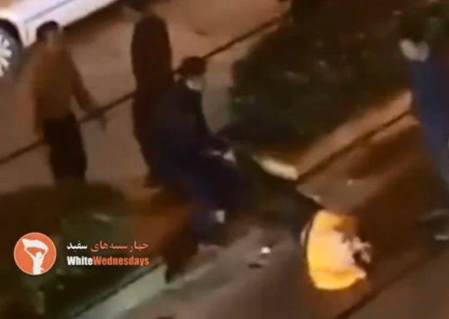 https: img.okezone.com content 2019 06 19 18 2068345 perempuan-iran-dipersekusi-karena-tak-kenakan-jilbab-dan-menari-di-jalan-kVaZYyaCyn.jpg