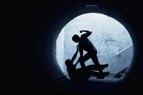 https: img.okezone.com content 2019 06 19 340 2068437 gara-gara-tak-diberi-password-wifi-abg-aniaya-temannya-hingga-tewas-BoMDLKoKlv.jpg