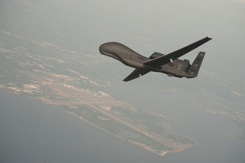 https: img.okezone.com content 2019 06 20 18 2068711 garda-revolusi-iran-klaim-tembak-jatuh-drone-as-dekat-selat-hormuz-orzI1jK3eT.jpg