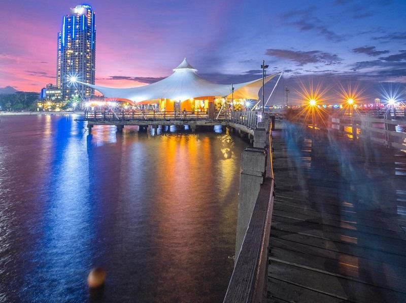 4 Spot Wisata Malam Di Jakarta Yang Paling Asyik Untuk Nongkrong Okezone Travel