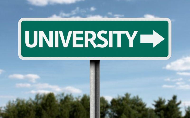 https: img.okezone.com content 2019 06 21 65 2069076 7-kampus-ini-akan-dijadikan-pusat-pencetak-pengusaha-baru-4ytWKyxuKh.jpg