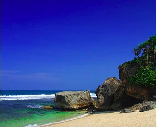 https: img.okezone.com content 2019 06 23 406 2069897 4-pantai-eksotis-yogyakarta-ini-bikin-merinding-zIaa0YeAA8.png