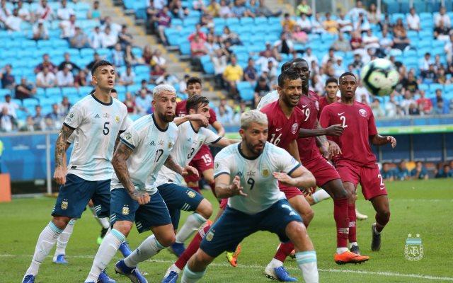 https: img.okezone.com content 2019 06 24 51 2070009 hajar-qatar-argentina-melenggang-ke-perempatfinal-copa-america-2019-8xAbyz5HCz.jpg