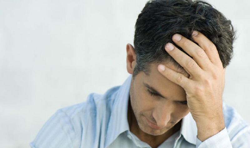 https: img.okezone.com content 2019 06 25 481 2070862 kenali-gejala-distimia-depresi-kronis-yang-sering-tidak-disadari-zeYZ9za3iK.jpg