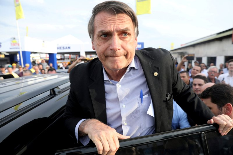 https: img.okezone.com content 2019 06 27 18 2071859 polisi-sita-39-kg-kokain-jelang-penerbangan-pulang-presiden-brasil-FZQymqG5HO.jpg