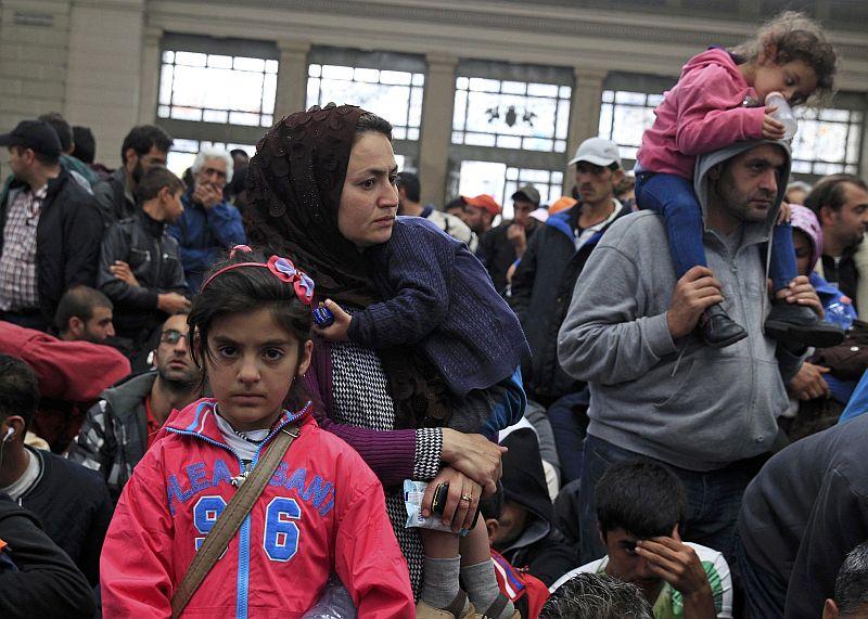 https: img.okezone.com content 2019 06 27 65 2071601 anak-imigran-asing-bisa-sekolah-di-pekanbaru-tapi-harus-bisa-bahasa-indonesia-IPXoCvgQOp.jpg