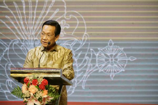https: img.okezone.com content 2019 06 28 605 2072054 sultan-hamengku-buwono-x-minta-semua-pihak-hormati-dan-patuhi-keputusan-mk-1ycnAJP5sH.jpg