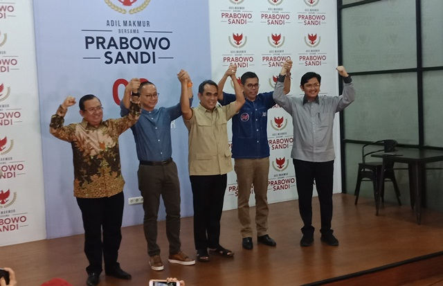 https: img.okezone.com content 2019 06 28 605 2072316 prabowo-bubarkan-koalisi-indonesia-adil-makmur-dkv788qjVb.jpg