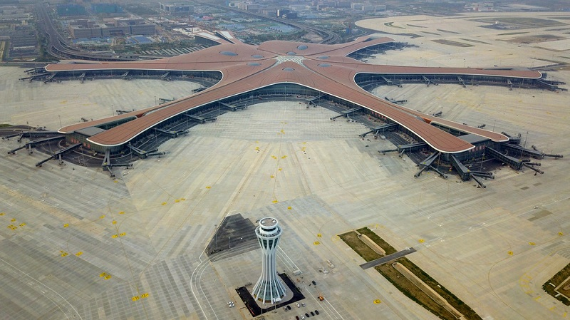 https: img.okezone.com content 2019 07 01 406 2073153 bandara-super-besar-di-china-selesai-dibangun-intip-kemegahannya-OyPpIH5r8c.jpg
