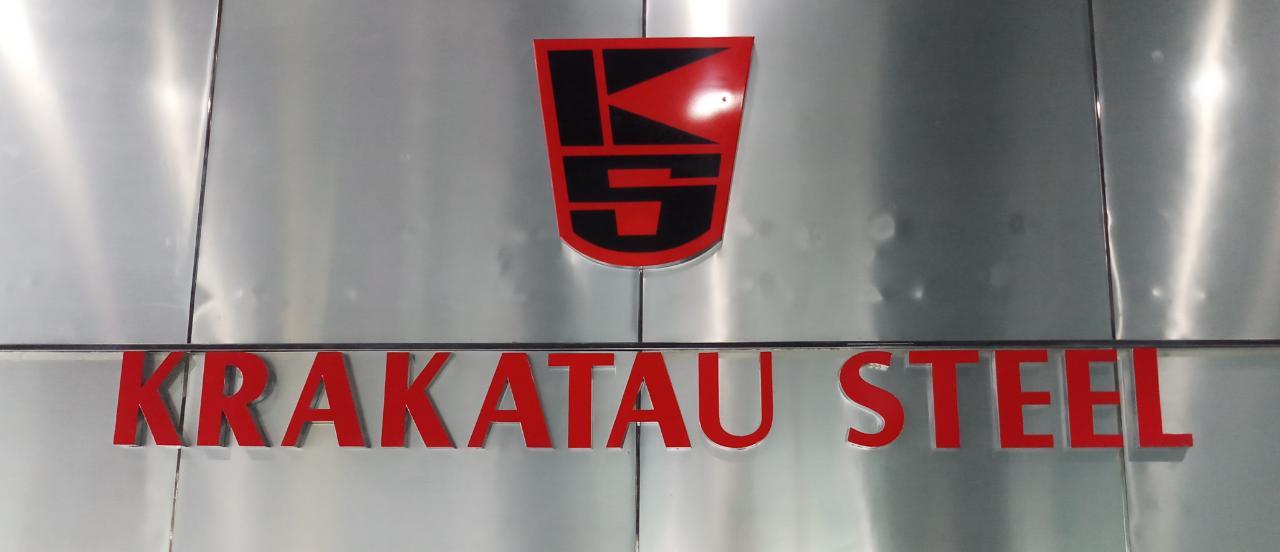 https: img.okezone.com content 2019 07 02 320 2073651 ramai-soal-krakatau-steel-phk-massal-sebenarnya-ada-apa-sih-3g5mNpPVYb.jpg