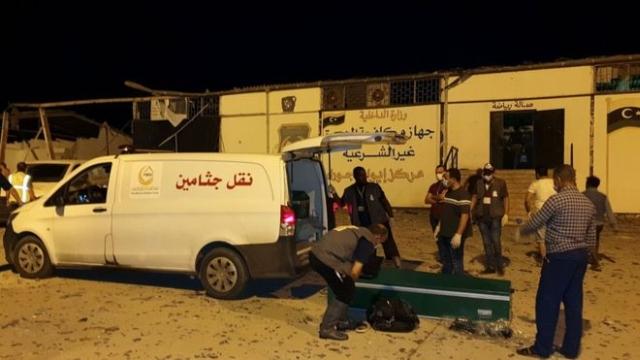 https: img.okezone.com content 2019 07 03 18 2074037 40-orang-tewas-dalam-serangan-udara-yang-menyasar-pusat-migran-di-libya-owsD4CFWBn.jpg