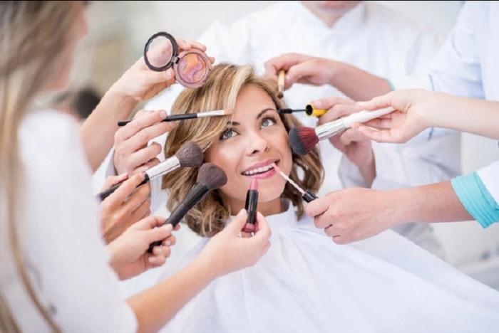6 Kesalahan yang Sering Dilakukan saat Memakai Produk Kecantikan : Okezone  Lifestyle