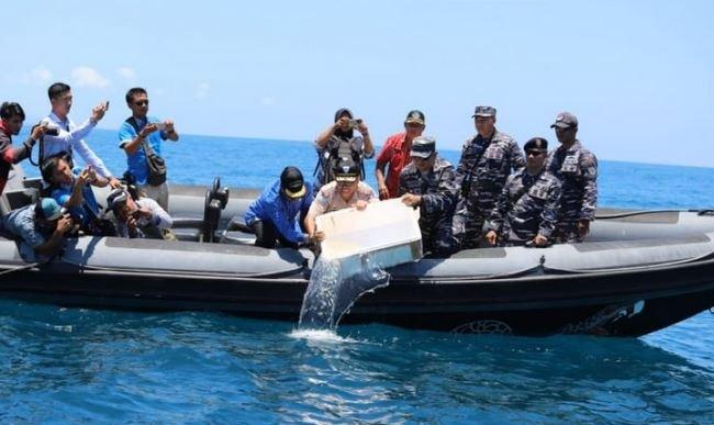 https: img.okezone.com content 2019 07 04 337 2074805 cegah-penyelundupan-kkp-perketat-pengawasan-terhadap-pelabuhan-tak-resmi-PIQHjCAyYk.JPG