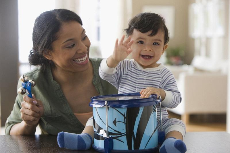 https: img.okezone.com content 2019 07 05 196 2075191 moms-ini-cara-sederhana-membangun-nalar-anak-umur-3-tahun-heDyzyaOvT.jpg