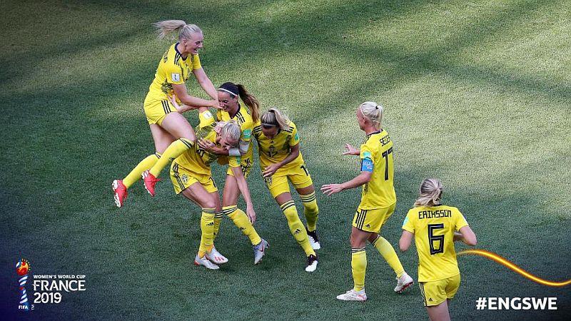 https: img.okezone.com content 2019 07 07 51 2075559 timnas-swedia-segel-posisi-ketiga-di-piala-dunia-wanita-2019-P7wgORHDo8.jpg