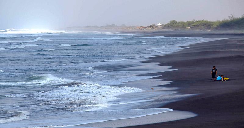 80+ Gambar Air Laut Surut Paling Hist