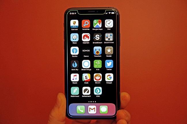 https: img.okezone.com content 2019 07 09 207 2076537 apple-luncurkan-ios-13-untuk-uji-coba-publik-ybKL6YrieE.jpg