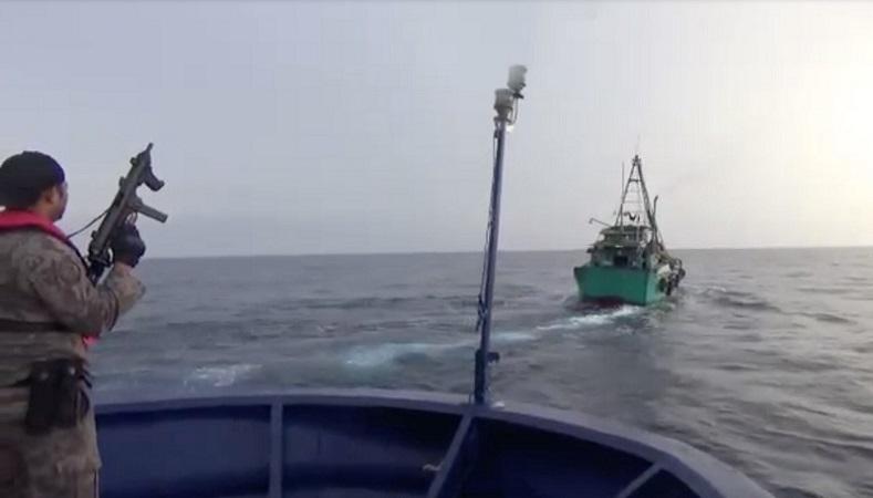 https: img.okezone.com content 2019 07 12 337 2078194 kkp-dan-bakamla-tangkap-6-kapal-ilegal-vietnam-GcDTGshLAt.jpg