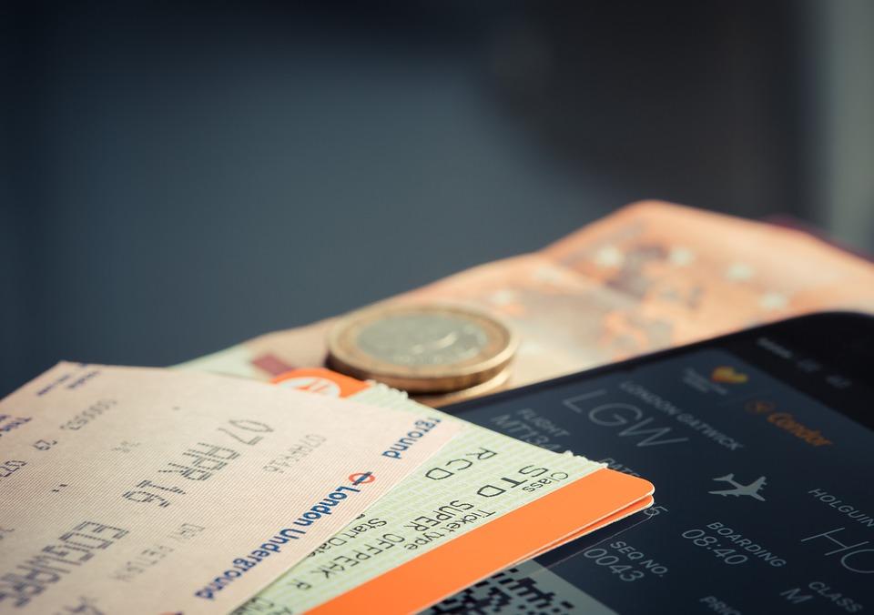 https: img.okezone.com content 2019 07 12 406 2078229 begini-cara-membatalkan-tiket-pesawat-dan-minta-refund-100-Tl2ebNILW0.jpg