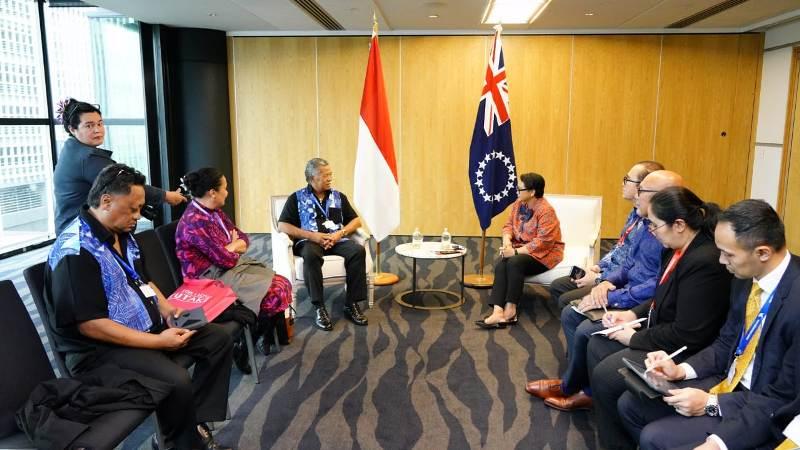 https: img.okezone.com content 2019 07 13 18 2078404 indonesia-resmi-buka-hubungan-diplomatik-dengan-kepulauan-cook-dan-niue-vNJL0wuKjV.jpg