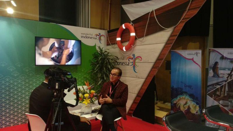 https: img.okezone.com content 2019 07 14 1 2078612 cara-tantowi-yahya-promosikan-pariwista-indonesia-di-pacific-exposition-2019-uguNIFzGV4.jpg