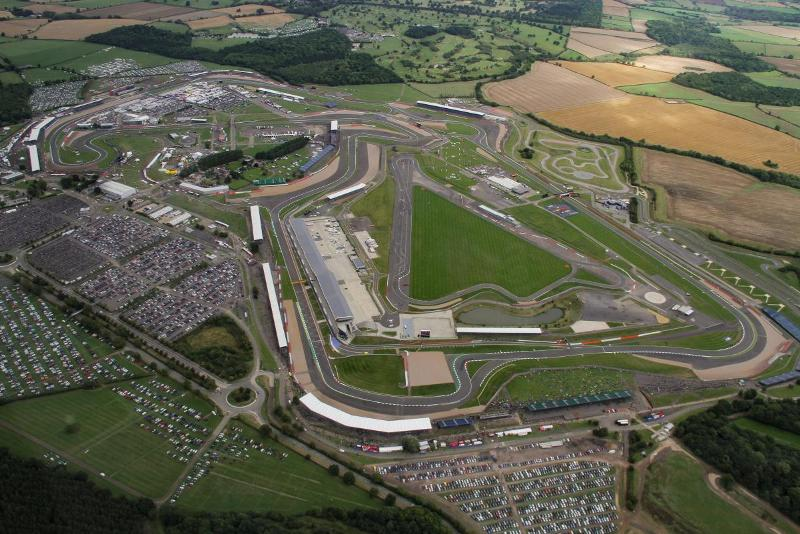 Pembalap MotoGP Tidak Akan Menyukai Aspal Baru Sirkuit Silverstone :  Okezone Sports