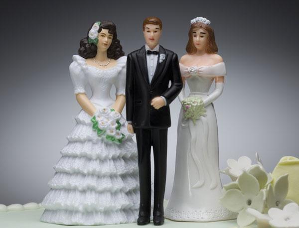 https: img.okezone.com content 2019 07 14 612 2078653 istri-yang-minta-suaminya-melakukan-poligami-dengan-sahabatnya-jfxuXwZRx4.jpg