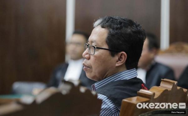 https: img.okezone.com content 2019 07 16 337 2079782 kuasa-hukum-joko-driyono-sebut-jaksa-sudah-kehabisan-argumentasi-GbX4in9whl.jpg