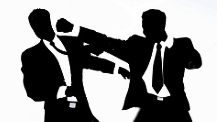 https: img.okezone.com content 2019 07 18 338 2080741 kai-kutuk-keras-tindakan-pengacara-tomy-winata-pukul-hakim-pn-jakpus-8zdAsLhmV7.jpg