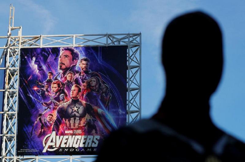 https: img.okezone.com content 2019 07 22 320 2082093 avengers-endgame-kalahkan-avatar-berhasil-cetak-pendapatan-usd2-79-miliar-Gc8jc8acLy.jpg
