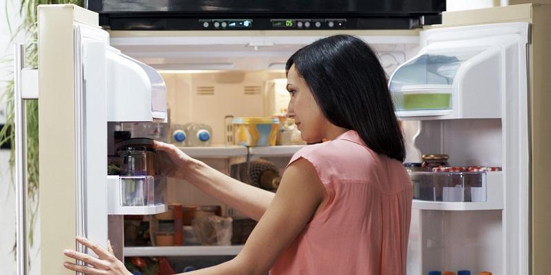 https: img.okezone.com content 2019 07 25 194 2083494 disimpan-dalam-kulkas-7-makanan-ini-bakal-cepat-busuk-xk1pASvU1E.jpg