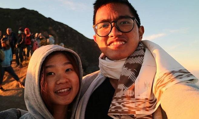 https: img.okezone.com content 2019 07 25 406 2083390 4-momen-manis-kaesang-pangarep-dan-sang-pacar-saat-liburan-ShNRBtXhZo.jpg