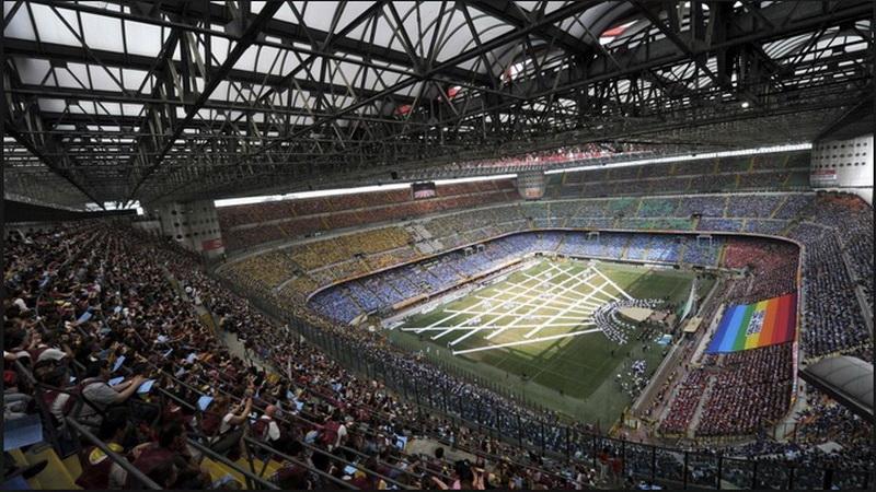 https: img.okezone.com content 2019 07 26 261 2083929 digunakan-atalanta-di-liga-champions-kapasitas-stadion-san-siro-dikurangi-152xEsUon1.jpg