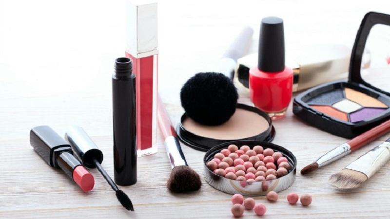 https: img.okezone.com content 2019 07 26 611 2084152 cara-lini-kosmetik-lokal-bertahan-di-tengah-gempuran-brand-korea-dan-jepang-3Lhhkmq9wP.jpg