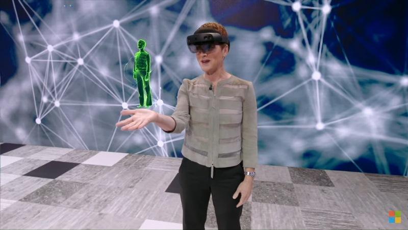 https: img.okezone.com content 2019 07 28 207 2084564 teknologi-ai-dan-holografi-ciptakan-wujud-maya-manusia-HdK5rj1vC8.jpg