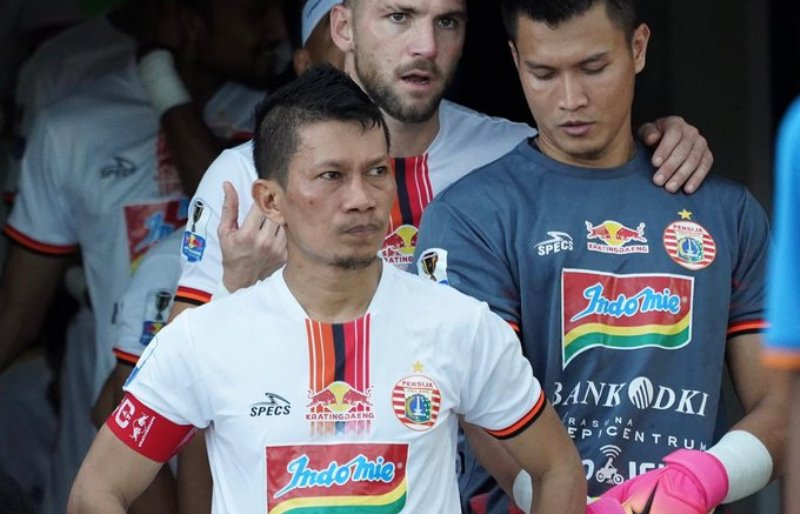 https: img.okezone.com content 2019 07 28 49 2084633 persija-tolak-bermain-final-leg-ii-kratingdaeng-piala-indonesia-2018-ditunda-MTJOtetfu9.jpg